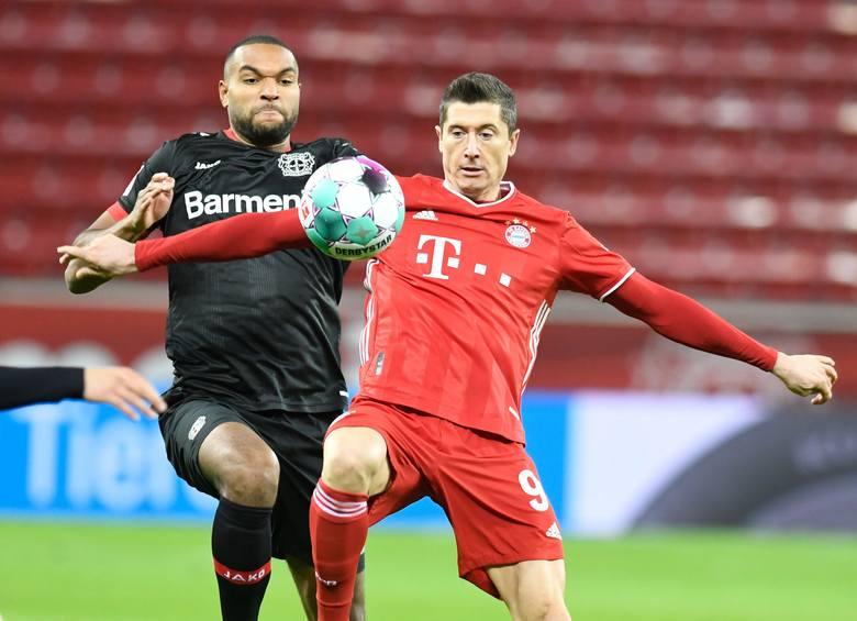 Dublet Lewego w hicie Bundesligi! Najlepszy gracz świata uratował Bayern (video)