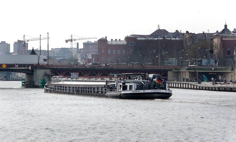 Prawie 1,2 mld zł na pogłębienie toru wodnego ze Szczecina do Świnoujścia!
