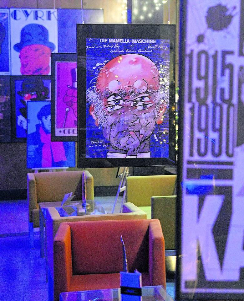 Plakaty Waldemara Świerzego zapraszały na najważniejsze, pokazywane w ówczesnej Polsce, filmy i spektakle
