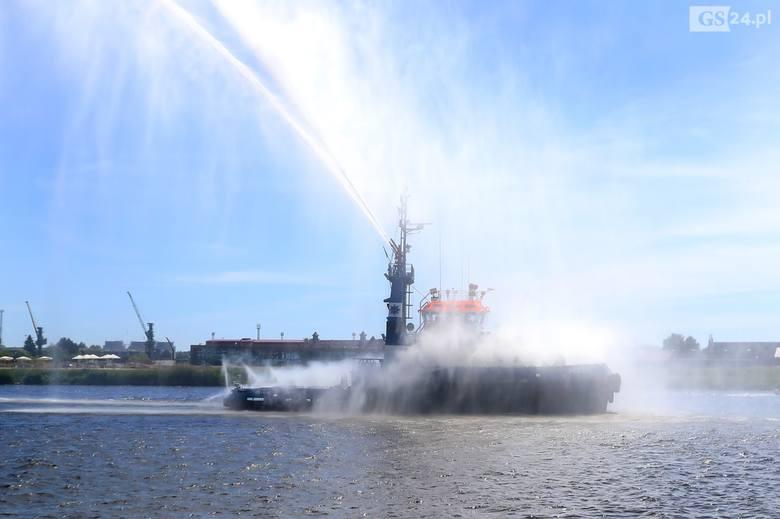Nawigator XXI Akademii Morskiej obchodzi swoje 20-lecie [ZDJĘCIA, WIDEO]
