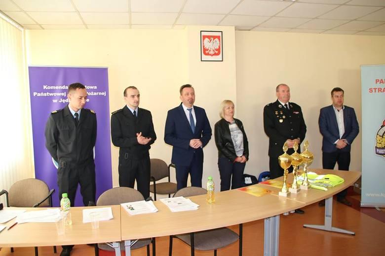 """""""Młodzież zapobiega pożarom"""", Jędrzejów 18 kwietnia 2019 roku."""