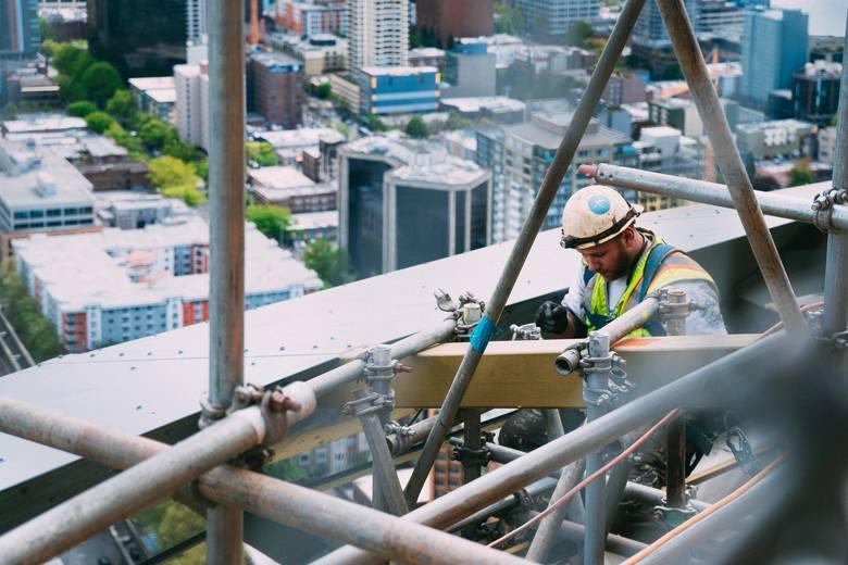 10 praw, które łamią pracodawcy. Zobacz, co zgłosić do PIP