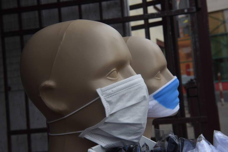 Maseczki w dobie koronawirusa. Jak się chronimy przed zakażeniem?