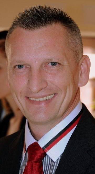 WIESŁAW KOPTERSKI, Nauczyciel klas ponadpodstawowychNauczyciel dyplomowany, adiunkt na Politechnice Opolskiej, od 2013 roku dyrektor i nauczyciel przedmiotów