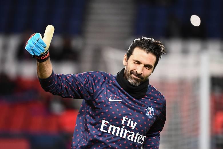 """TOP 10 najlepszych bramkarzy w historii piłki nożnej. Dziennikarze francuskiego magazynu """"France Football"""" wybrali 10 najlepszych bramkarzy"""