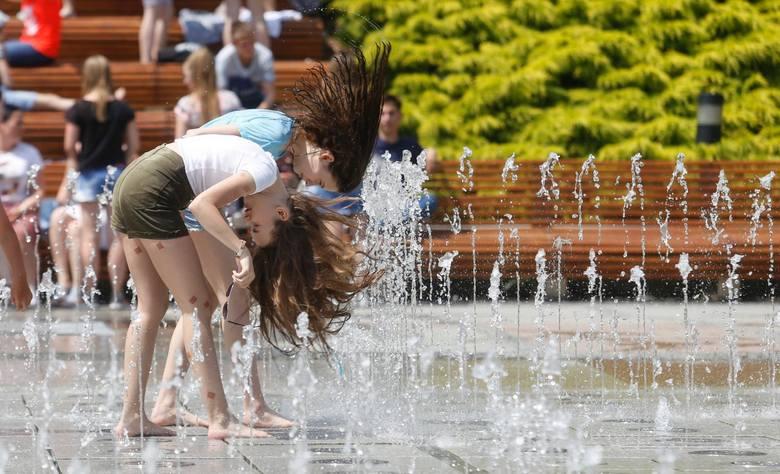 W naszym województwie temperatury we wtorek i w środę (11 i 12 czerwca) mogą sięgnąć 33 stopni Celsjusza w dzień i do 20 stopni w nocy. Rządowe Centrum