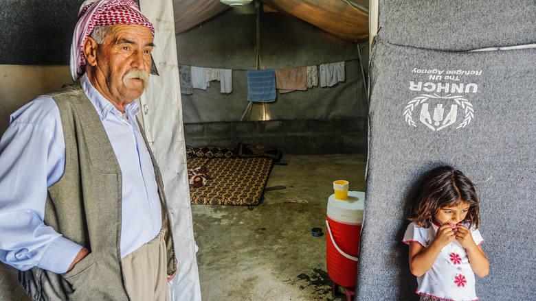 W obozie dla uchodźców brakuje jedzenia, leków, ubrań, ciepłych koców. Jednak od tych ludzi możemy nauczyć się gościnności, troski o innych, życzliw