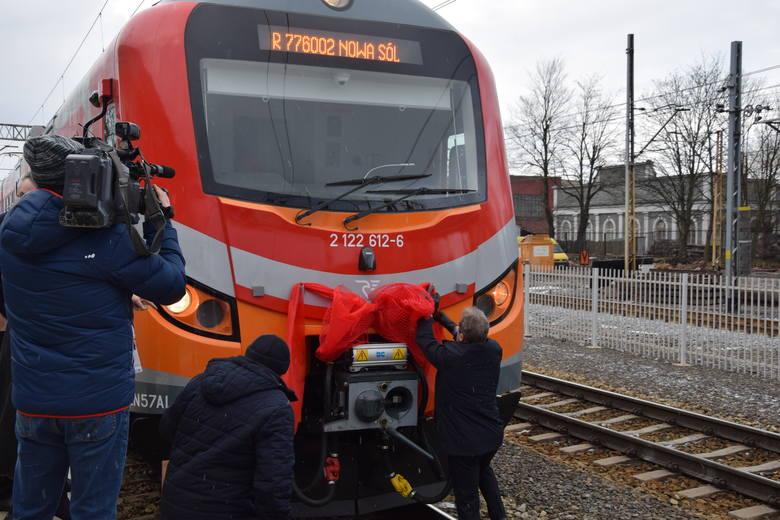 Nowczesny pociąg,  jakiego jeszcze nie było w Lubuskiem pojawił się na torach w środę, 17 stycznia