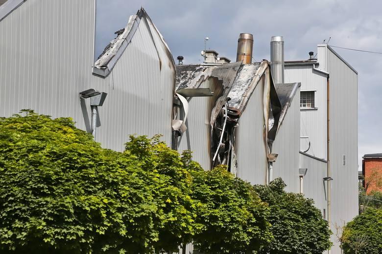 Potężny pożar fabryki styropianu we Wrocławiu [FILMY]