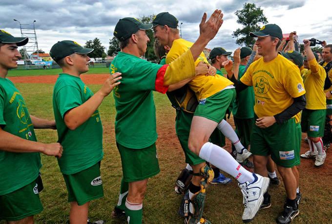 Softball - bicie rekordu Guinnessa - zobacz zdjęcia!