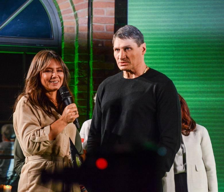 Boksera Andrzeja Gołotę wraz z żoną Mariolą będziemy mogli zobaczyć w najnowszej edycji programu Agent Gwiazdy. Jeśli poszło mu tak dobrze jak prezentował