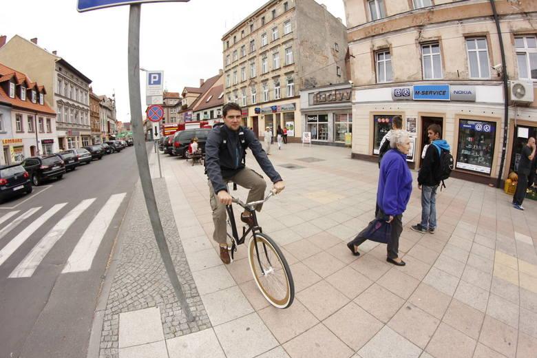 TOP 10 porad, jak rower kupić. Zanim zaczniesz śmigać jednośladem, dowiedz się, na co warto zwrócić uwagę przy wyborze pojazdu