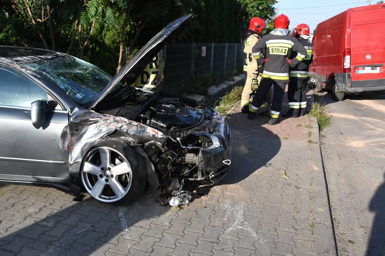 Samochód osobowy i dostawczy bus zderzyły się w Leszczynach w gminie Górno [ZDJĘCIA]