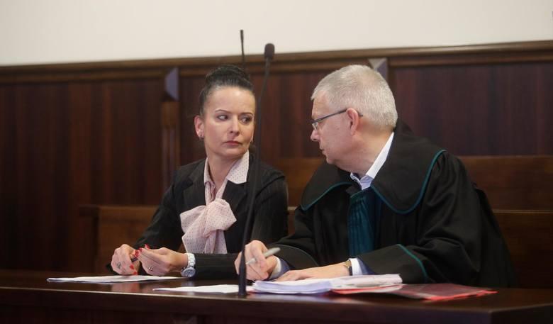 Podczas procesu Anna Habało była opanowana, choć w jej oczach widać było ogromne emocje. Była prokurator chce ujawnienia wizerunku.