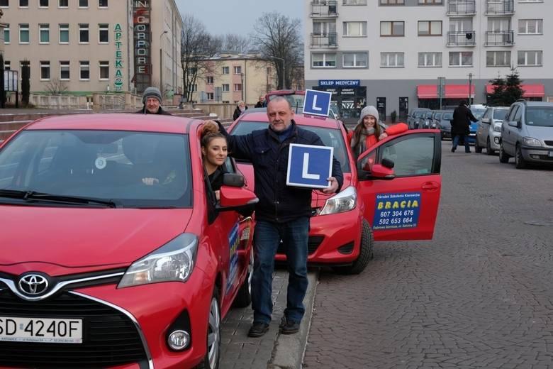 Prawo jazdy to uprawnienie, które ułatwia życie. Zarówno kierowców jak i świeżo upieczonych kierowców w 2019 roku czekają duże zmiany związane z prawem