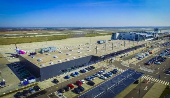 Pyrzowice: na lotnisku powstanie czwarty terminal. Pojawią się rękawy dla pasażerów