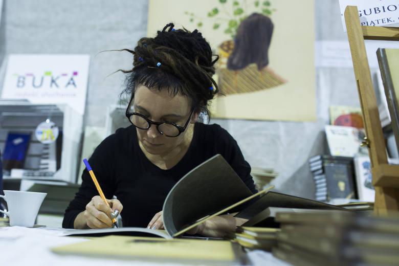 Olga Tokarczuk. Jak wygląda jej praca nad książkami?
