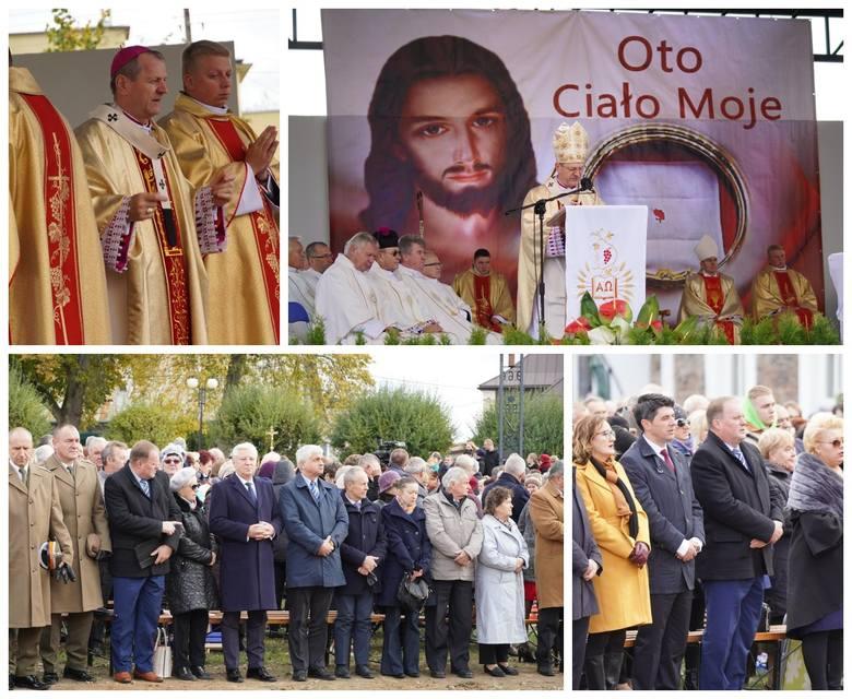 Sokółka. Archidiecezjalny Dzień Eucharystii w Kolegiacie św. Antoniego. Wśród wiernych nie brakowało polityków [ZDJĘCIA]