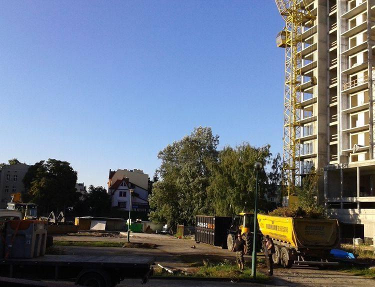 Trwają prace przy budowie nowej mariny nad Brdą RTW Bydgostia przy ul. Żupy.Przystań będzie się składać z istniejącego budynku, który zostanie odnowiony