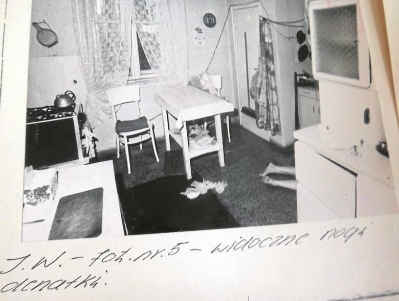 Leokadia Skibińska zajmowała trzypokojowe mieszkanie  napierwszym piętrze kamienicy. Sąsiadka, która znała ją od lat, scharakteryzowała ją jako osobę