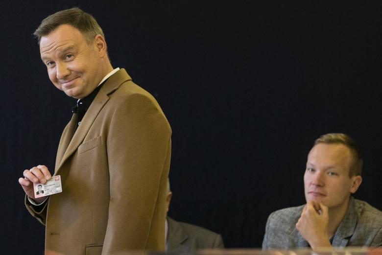 Prezydent Andrzej Duda zarządził wybory do Sejmu i Senatu na 13 października 2019 roku. Na zdjęciu: prezydent podczas ubiegłorocznego głosowania w wyborach