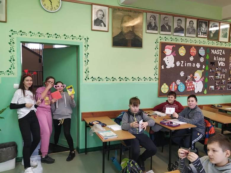 Uczeń z Nowego Miasteczka zajął pierwsze miejsce w konkursie wojewódzkim z chemii. Świetnie poszło mu też na biologii