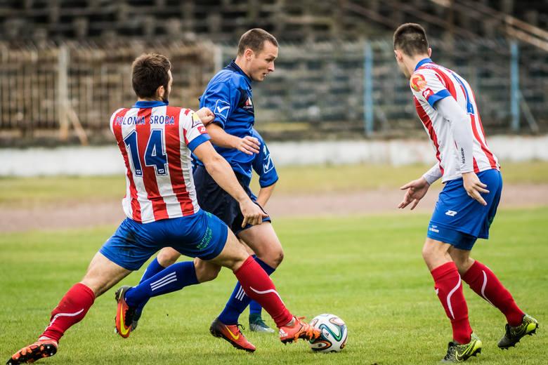 W meczu piłkarskiej trzeciej ligi Chemik Bydgoszcz podejmował Polonię Środa Wielkopolska.