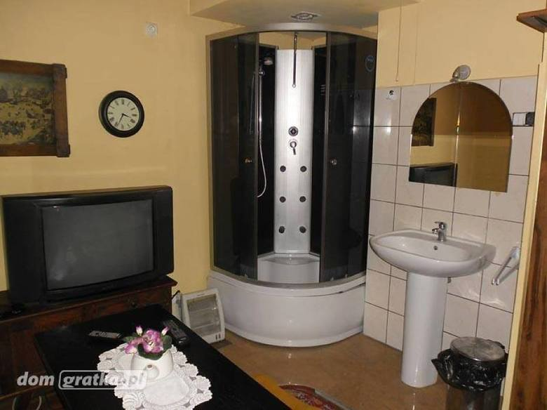 To nie żart! Oto najgorsze mieszkania do wynajęcia - nie chciałbyś tu zamieszkać! [ZDJĘCIA]Kliknij tutaj i zobacz kolejne zdjęcia --->