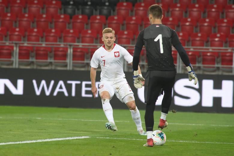 Kamil Jóźwiak zadebiutował we wtorek w wygranym meczu ze Słowenią w reprezentacji Polski. Jest 61. piłkarzem Lecha Poznań, który dostąpił tego zaszczytu.