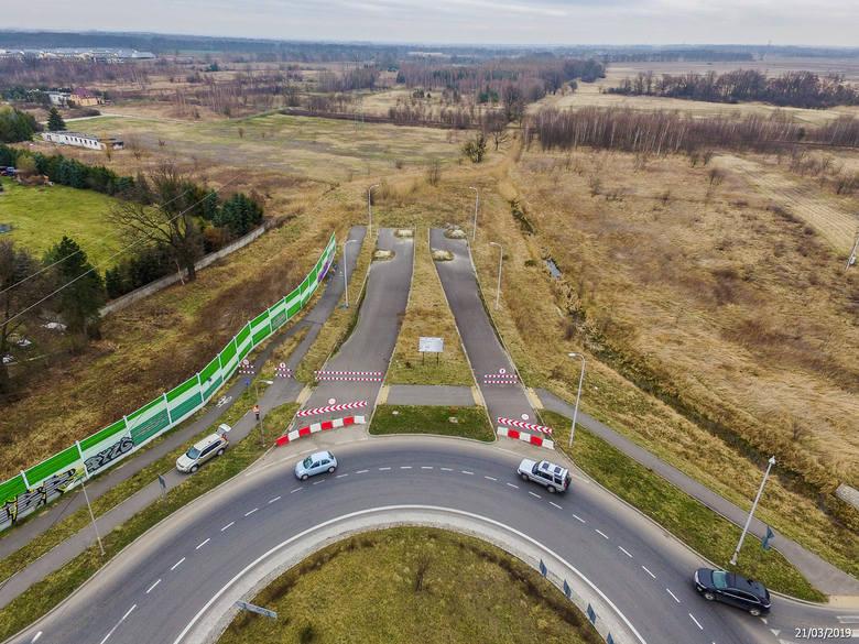 Samorząd Województwa Dolnośląskiego podpisał umowę na budowę północnego odcinka Wschodniej Obwodnicy Wrocławia. Nowy fragment trasy połączy podwrocławskie