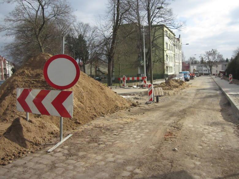 Remonty ulic w Koszalinie.