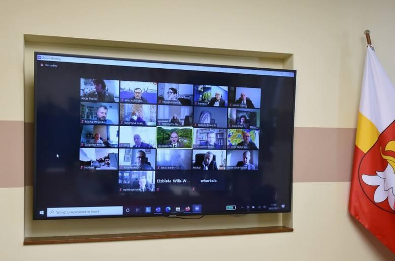 Pierwsze posiedzenie nowej rady Naukowej Ojcowskiego parku narodowego odbyło się w formuje zdalnej