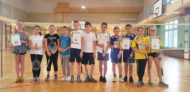 Młodzi nowosolanie lubią sport.  Rusza kolejna edycja Nowosolskiej Amatorskiej Ligi Siatkówki