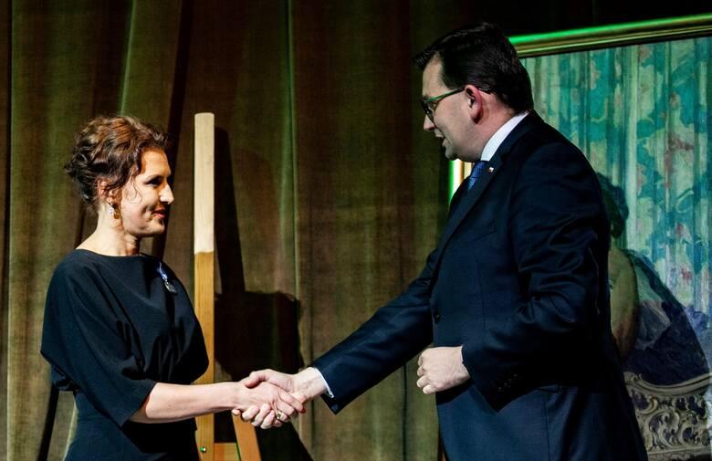 Katarzyna Basiak-Gała, dyrektor Oddziału Okręgowego Narodowego Banku Polskiego w Krakowie, została 14 października uhonorowana Medalem Stulecia Odzyskanej