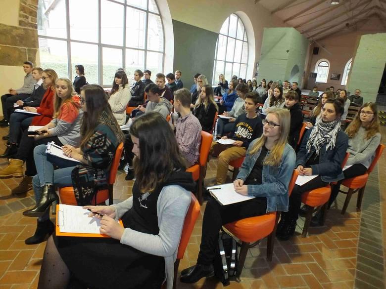 Sukces II Liceum Ogólnokształcącego w konkursie na rocznicę stanu wojennego w Starachowicach