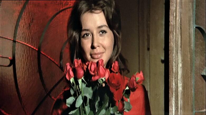 <strong>Brylanty pani Zuzy 1971 </strong><br /> <br /> Leszek Wronko:[i] Film kręciliśmy w Świnoujściu w domu, w którym. W domu, który stał przy kanale, a w finale miał spłonąć. Ulokowany był na terenie stoczni, często więc odwiedzała nas straż ogniowa, dbając, abyśmy nie zaprószyli ognia. Pirotechnicy...