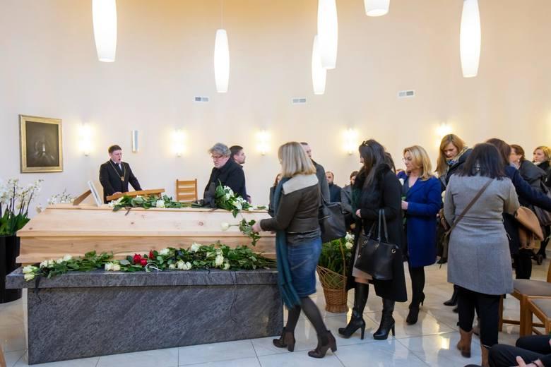 """W piątek (28 lutego) pożegnaliśmy redaktora naczelnego """"Gazety Pomorskiej"""". Na sobotę zaplanowano pogrzeb Wojciecha Potockiego w B"""