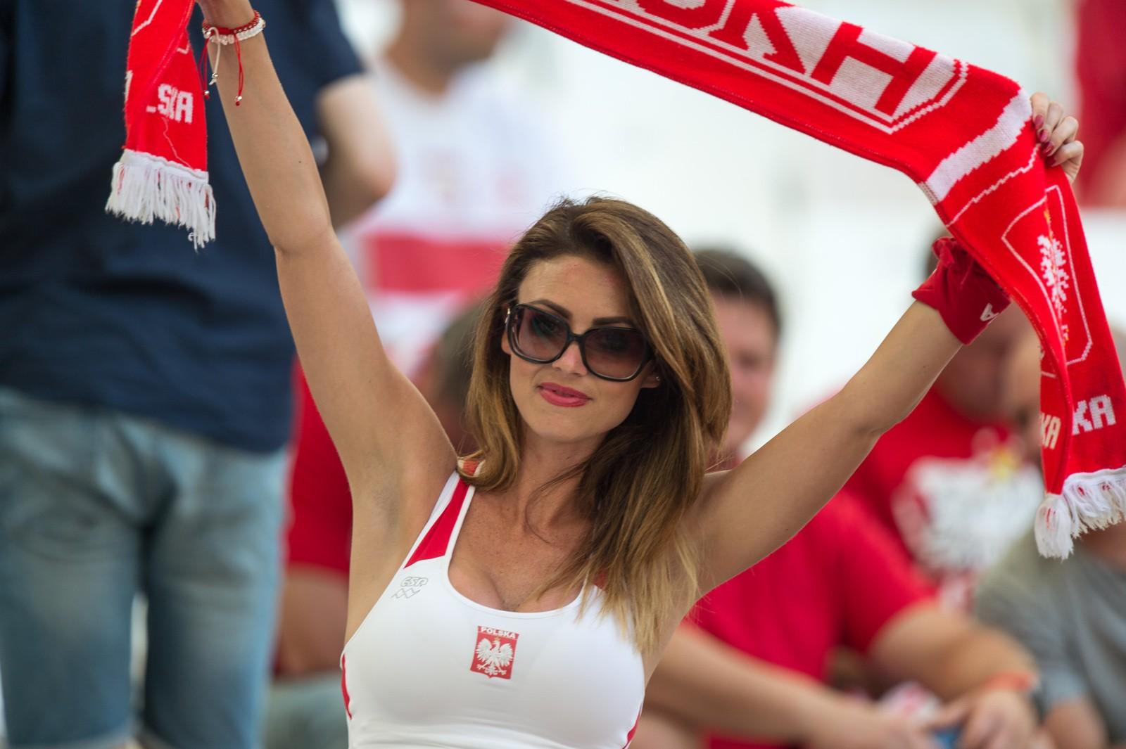 2a507d4d1d tvn24 x-news 31 maja 2017 31.05.2017. Aktualizacja  31 maja 2017 22  37  31.05.2017 22  37. Kto wygra mecz Polska - Rumunia  Polska będzie remis.  Rumunia