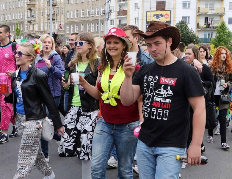 Juwenalia 2015 w Szczecinie. Studenci przeszli ulicami miasta. Więcej zdjęć z korowodu na portalu szczecin.naszemiasto.pl