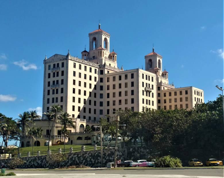 Hotel Nacional, niegdyś symbol ogromnych wpływów amerykańskiej mafii w Hawanie. Dziś wizytówka miasta