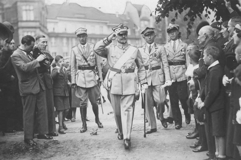 Józef Haller - wielki generał do zadań specjalnych na czas pokoju i czas wojny