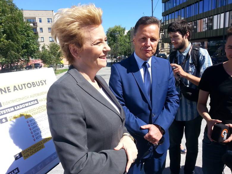 Prezydent Hanna Zdanowska i prezes MPK Zbigniew Papierski ogłosili, że złożony został wniosek o dofinansowanie zakupu autobusów elektrycznych