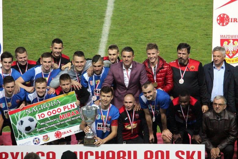 Już w środę, 25 listopada na obiekcie piłkarskim przy ul. Narutowicza 9 w Radomiu, przy nowoczesnych światłach, odbędzie się finał Mirax Pucharu Polski.