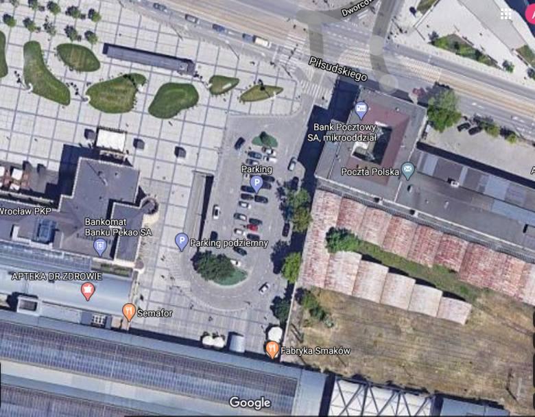 Horror na wyjeździe z podziemnego parkingu przy Dworcu Głównym [LIST]