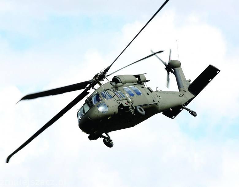 Helikoptery Black Hawk staja sie specjalnością Mielca.