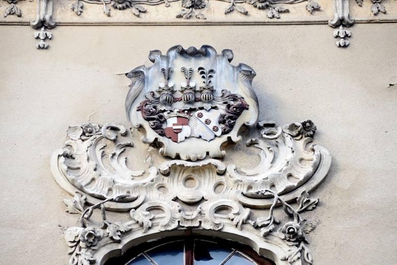 W zabytkowym pałacu w Bojadłach trwają prace renowacyjne