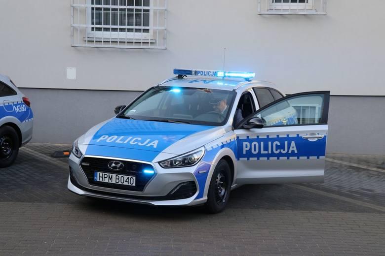 Dzisiaj odbyło się uroczyste poświęcenie i przekazanie bielskim funkcjonariuszom nowych radiowozów Hyundai i30.