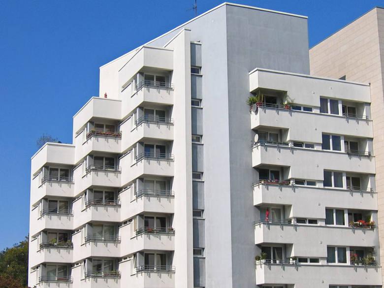 W kwietniowym rankingu Invigo TOP 10, na pierwszym miejscu możemy przeanalizować ofertę kredytu hipotecznego w BNP Paribas