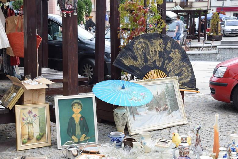 Targi staroci na rynku w Skierniewicach [ZDJĘCIA]