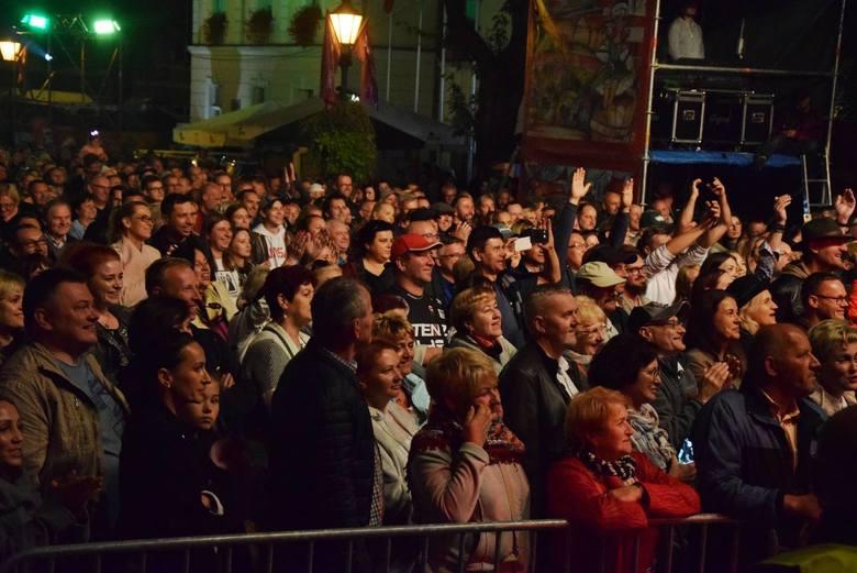 <strong>Tegoroczna edycja Winobrania już za nami. Jak zawsze podczas święta Winnego Grodu nie brakowało zabawy, koncertów i atrakcji dla mieszkańców.<br /> </strong><br /> Za nami wiele koncertów gwiazd, wystaw i rozmaitych warsztatów czy też animacji dla najmłodszych. Ostatnią gwiazdą tegorocznego...